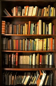gaiman_bookshelves
