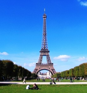 Eiffel-Tower-Paris-sq