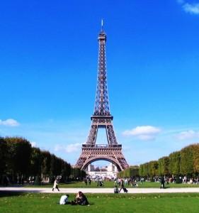 Eiffel-Tower-Paris-sq
